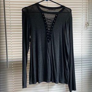 Flash Sale $4/20 Criss cross v neck long sleeve